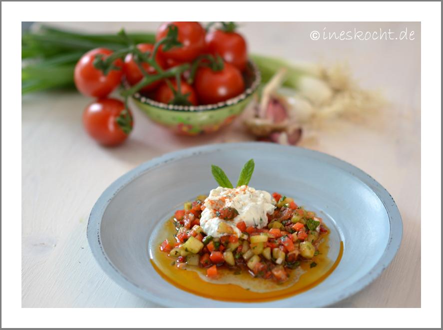 Türkischer Löffelsalat mit Haydari